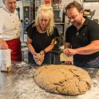 Gasthof Kröll Niedernsill Brot backen