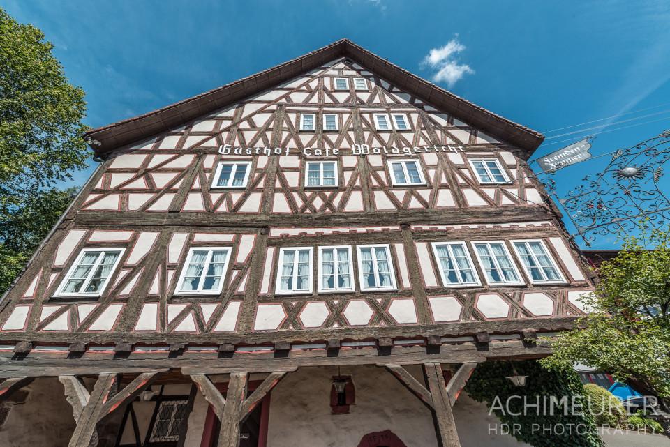 Altes Fachwerkhaus an der Deutschen Fachwerkstraße im Schwarzwald