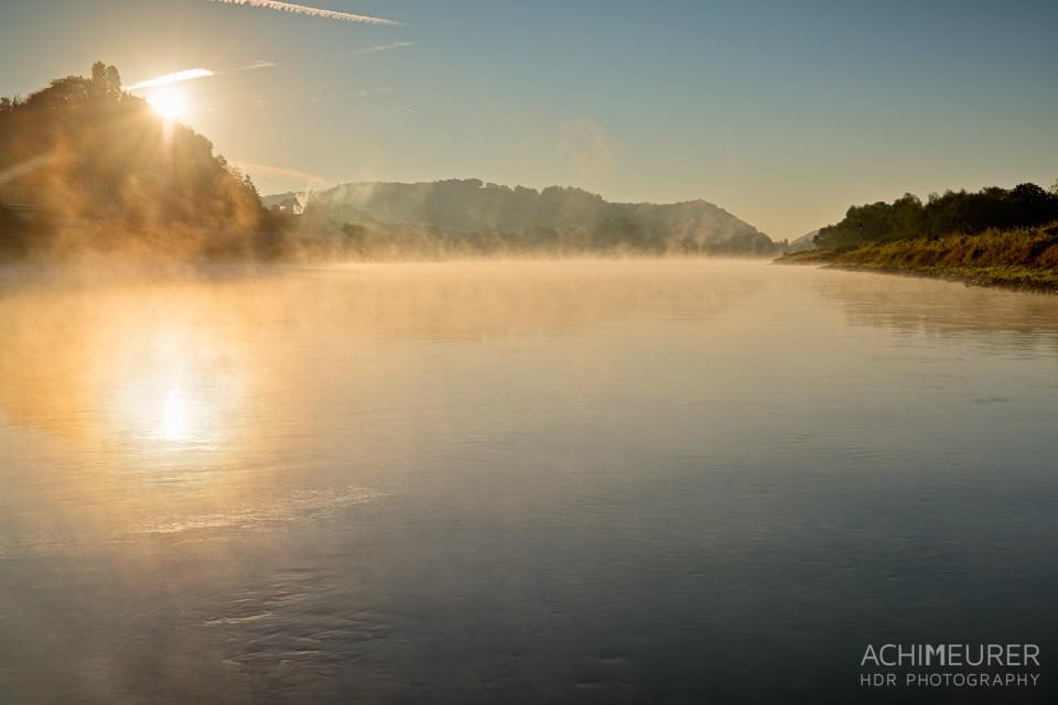 Sonnenaufgang an der Elbe bei Meißen