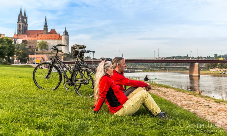 Mit Rad entlang der Elbe
