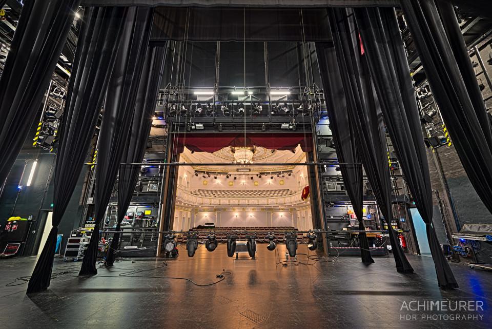 Der Blick von der Bühne ins Theater von Bad Elster