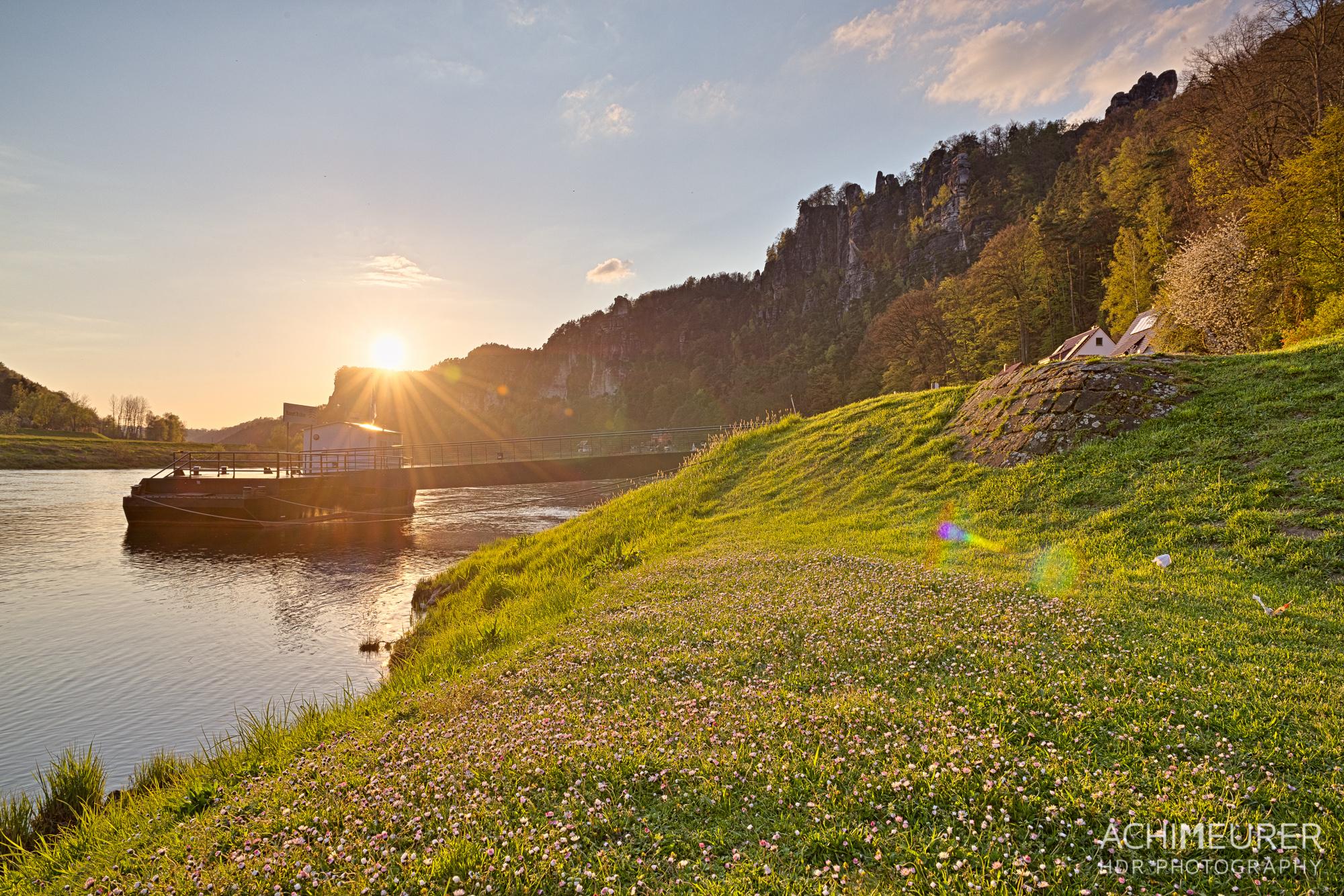 Rathen-Saechsische-Schweiz-Landschaft-Sonnenuntergang_8200_199_198_197_196_195_194_HDR