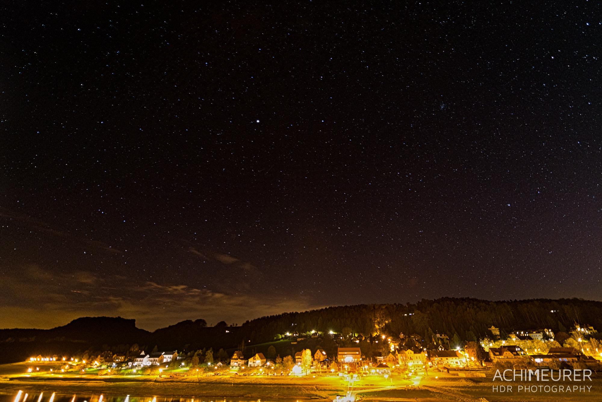 Saechsische-Schweiz-Rathen-Nachtaufnahme-Sternenhimmel_9164_3_2_1_HDR