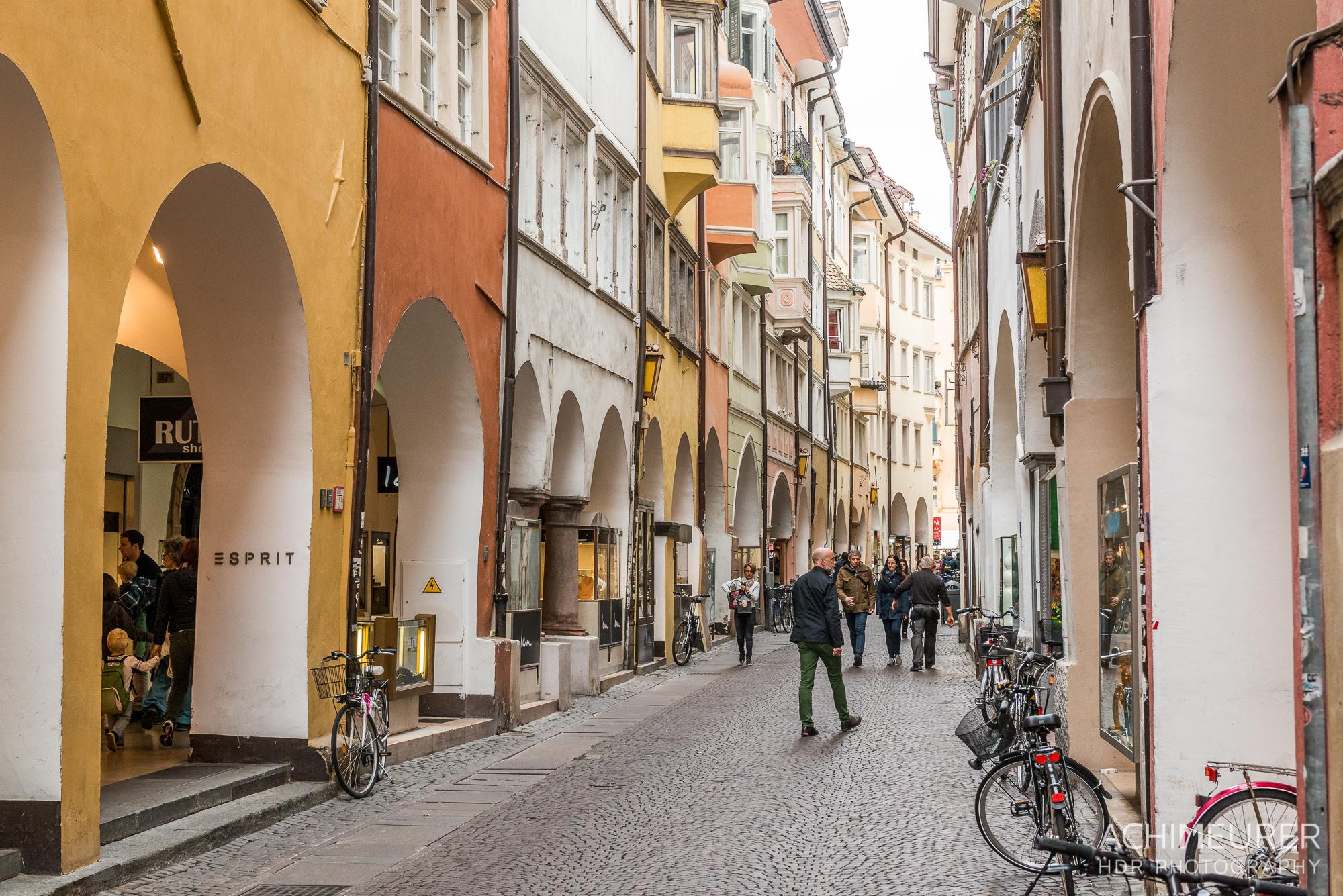 Suedtirol-Sueden-Bozen-Altstadt-Ansichten_0784