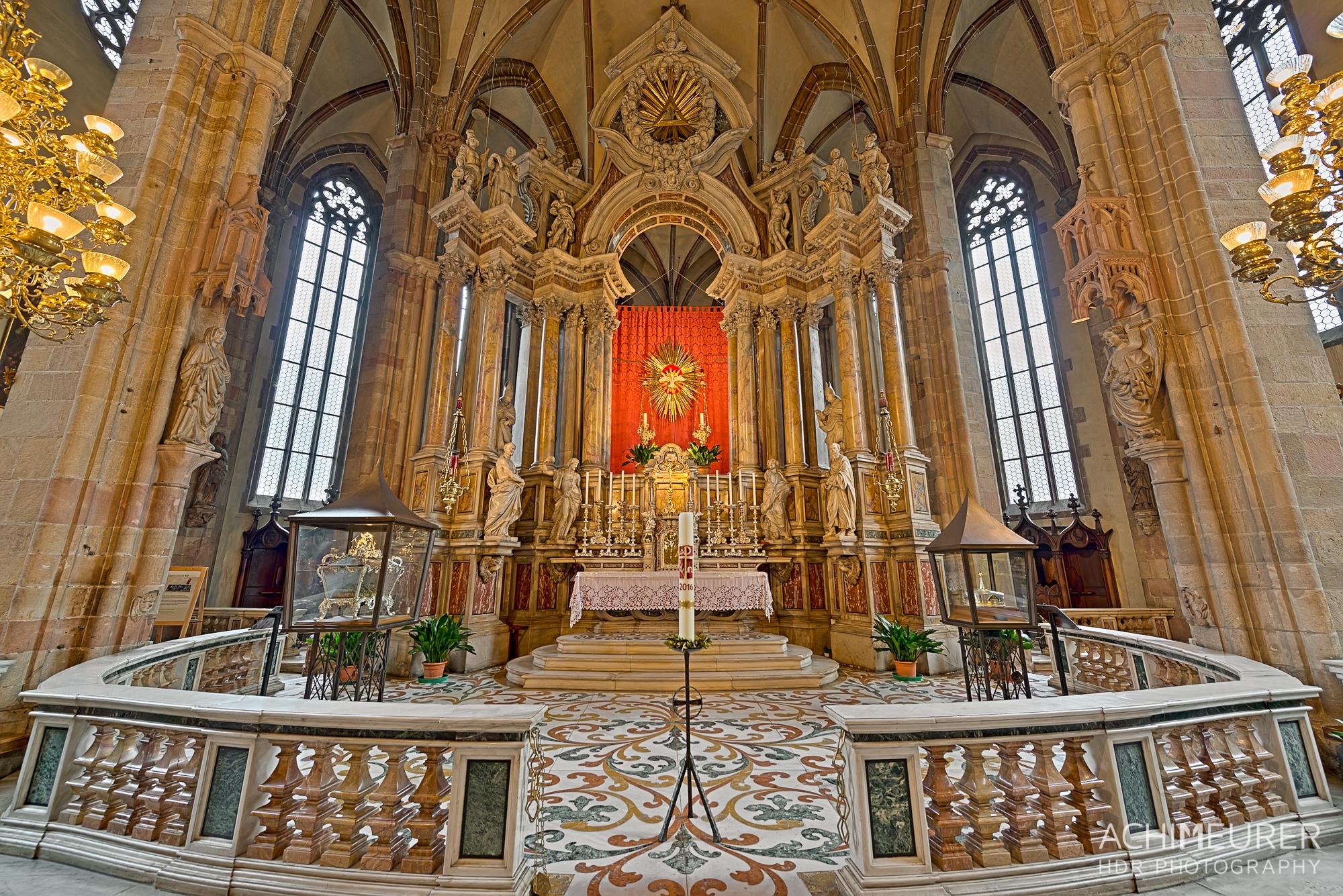 Suedtirol-Sueden-Bozen-Dom-Kirche_0711_10_09_08_07_06_05_04_03_HDR-Bearbeitet