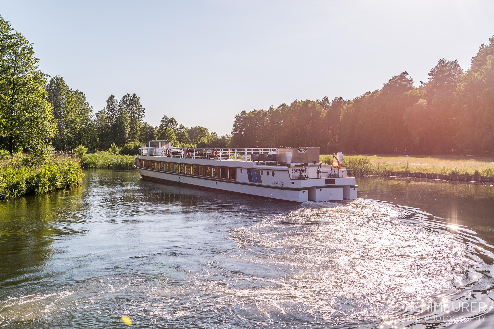 Woche 52 teil 2 hausboot ber die m ritz die meurers for Klassisches hausboot