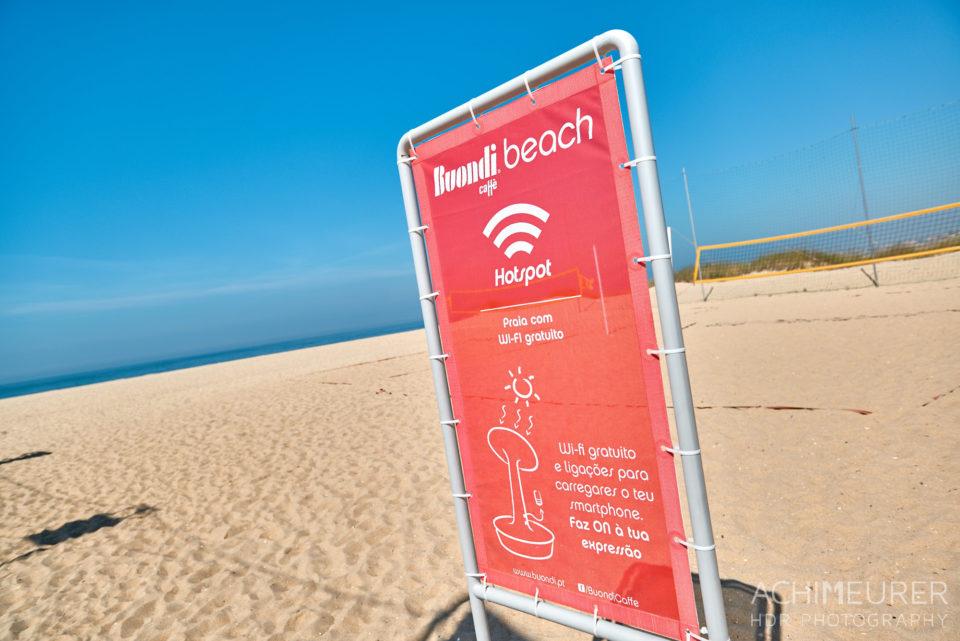 Strand in der Nähe von Porto in Portugal by AchimMeurer.com .