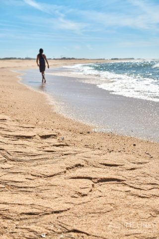 Der Strand an der Küste von Porto in Portugal by AchimMeurer.com .