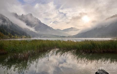 Tannheimertal-Herbst-Morgen-Stimmung-Nebel_4836 by AchimMeurer.com .