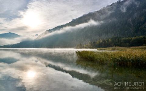 Tannheimertal-Herbst-Morgen-Stimmung-Nebel_4849 by AchimMeurer.com .