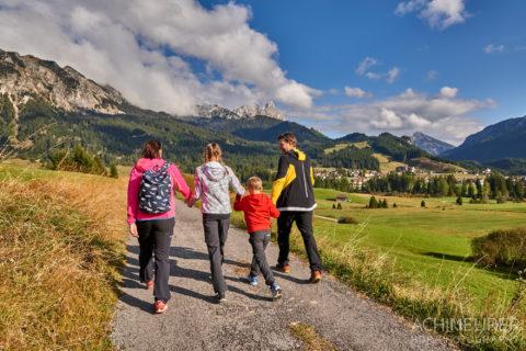 Tannheimertal-Herbst-Wandern-Familie_5537 by AchimMeurer.com .