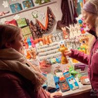 Weihnachtsmarkt in Essen im Ruhrgebiet by Array.