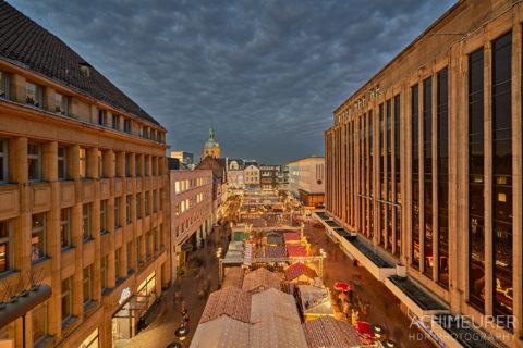 Der Weihnachtsmarkt in Recklinghausen by Array.