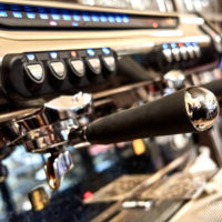 Espressomaschine i  Cafe Schmole in Pirna by Achim Meurer.