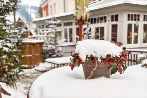 Das Winterdorf Schmilka in der Sächsischen Schweiz im Winter by Achim Meurer.