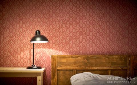 Naturmaterialien im Hotelzimmer im Biodorf Schmilka in der Sächsischen Schweiz by AchimMeurer.com .