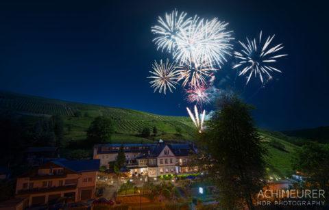 Hotel-Weinbergschloesschen-60-Jahre_9810-mit-Feuerwerk flatten by Array.