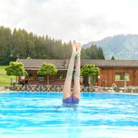Felsenbad Jungholz, Tannheimertal, Tirol, Österreich by Array.