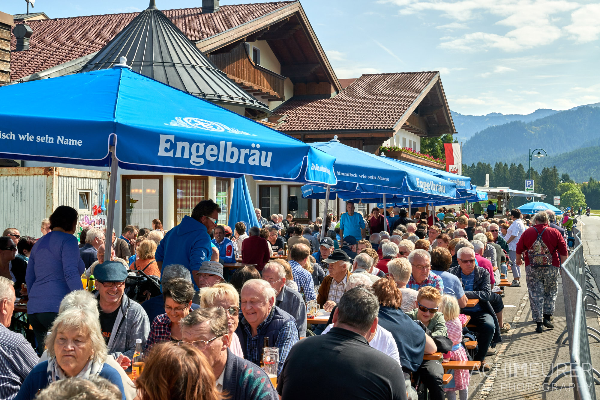 Almabtrieb Schattwald, Tannheimertal, Tirol, Österreich by AchimMeurer.com .