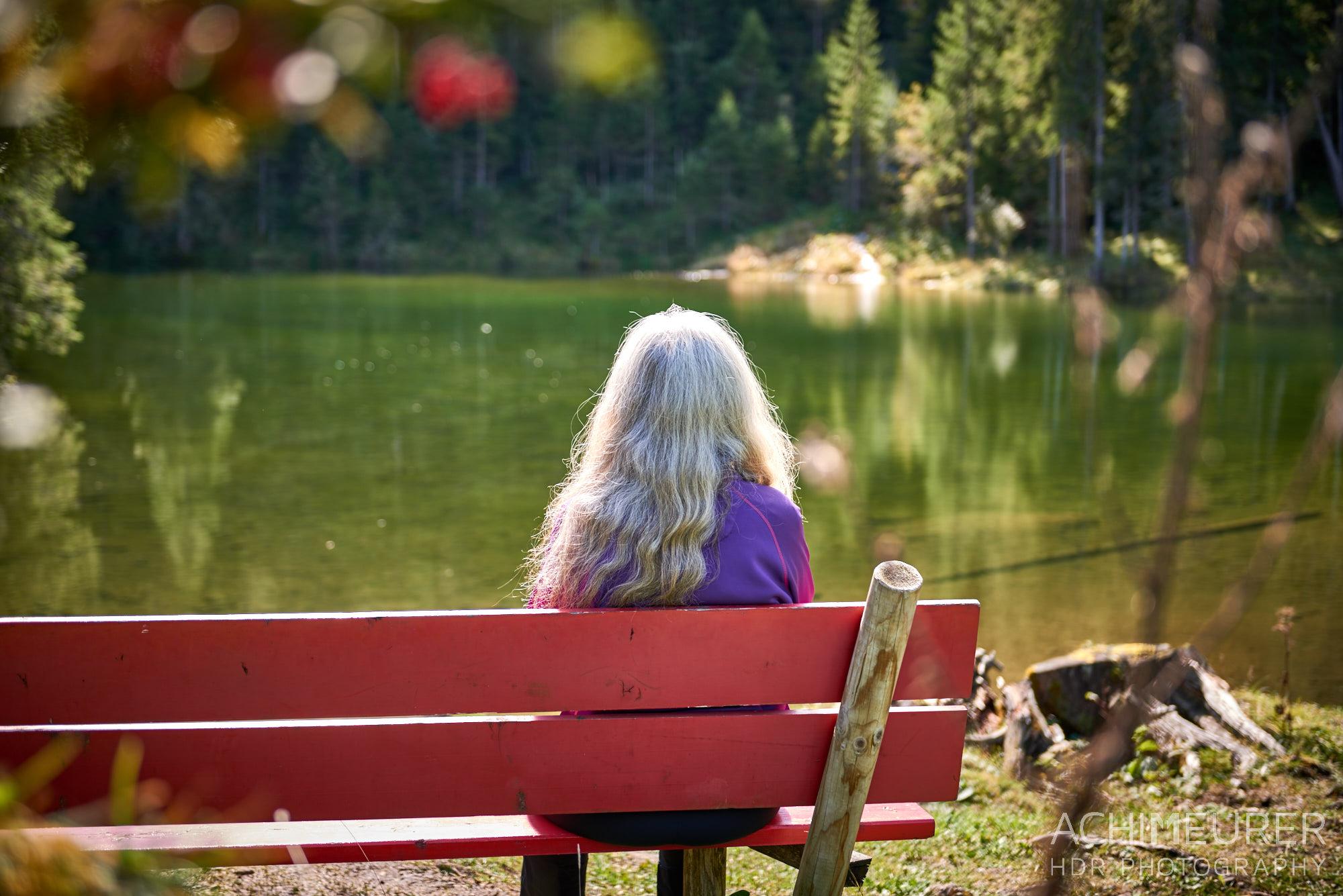 Herbststimmung am Höfersee, Tannheimertal, Tirol, Österreich by AchimMeurer.com .