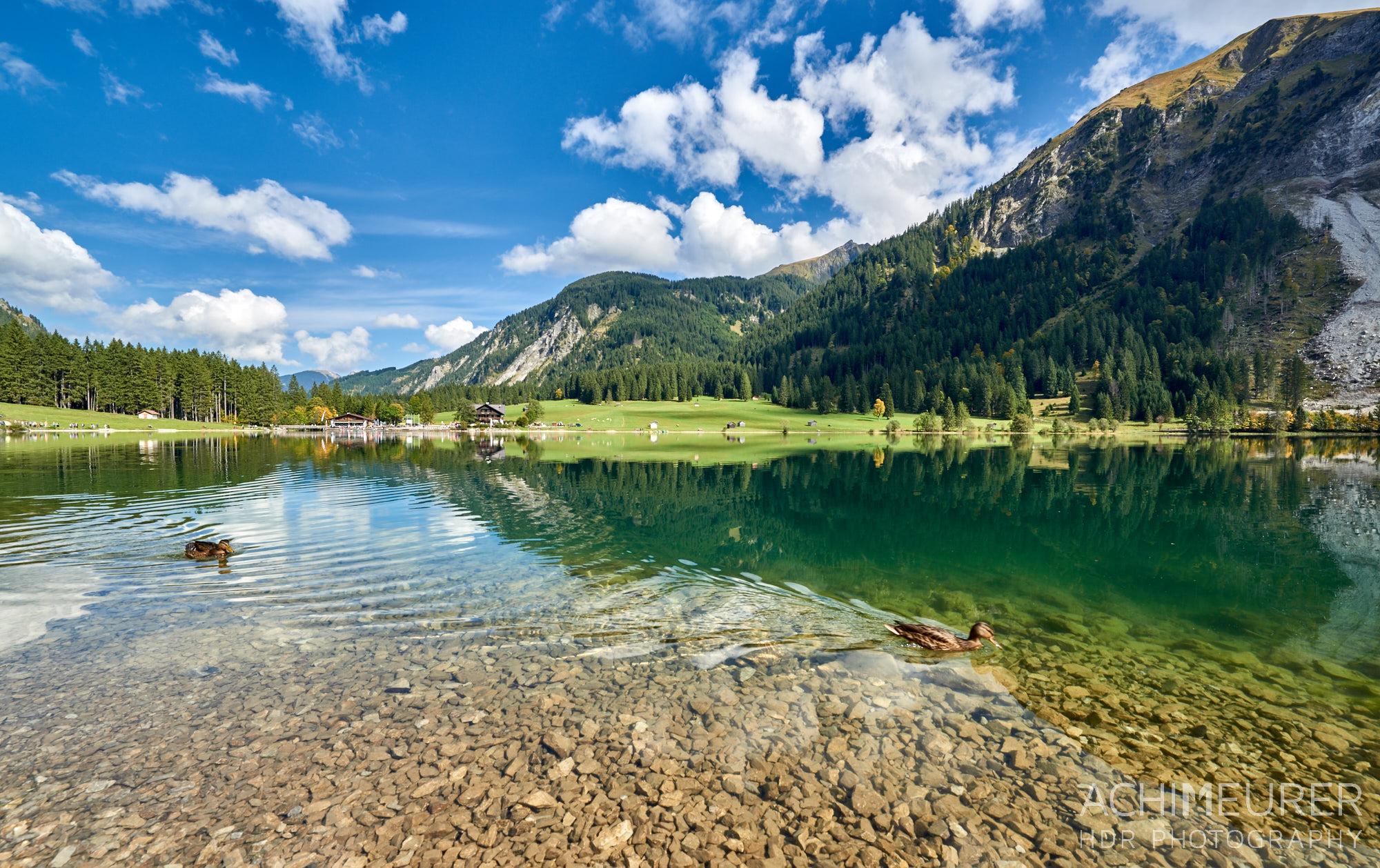 Vilsalpsee Tannheimertal, Tirol, Österreich by Array.