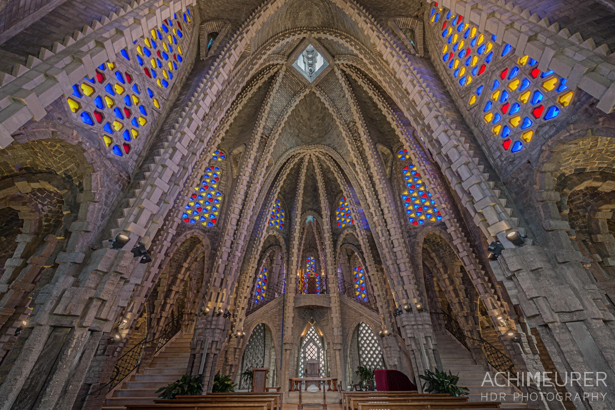 Die Kathedrale von Montferri, Katalonien, Spanien by Achim Meurer.