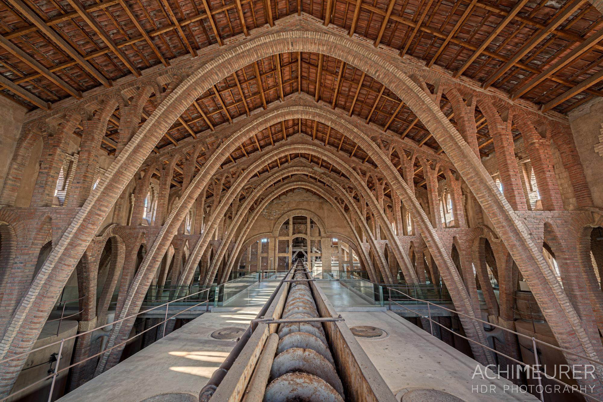 Catedral de Vi, Weinkellerei, El Pinell de Brai, Weinkathedrale, Katalonien, Spanien by Achim Meurer.