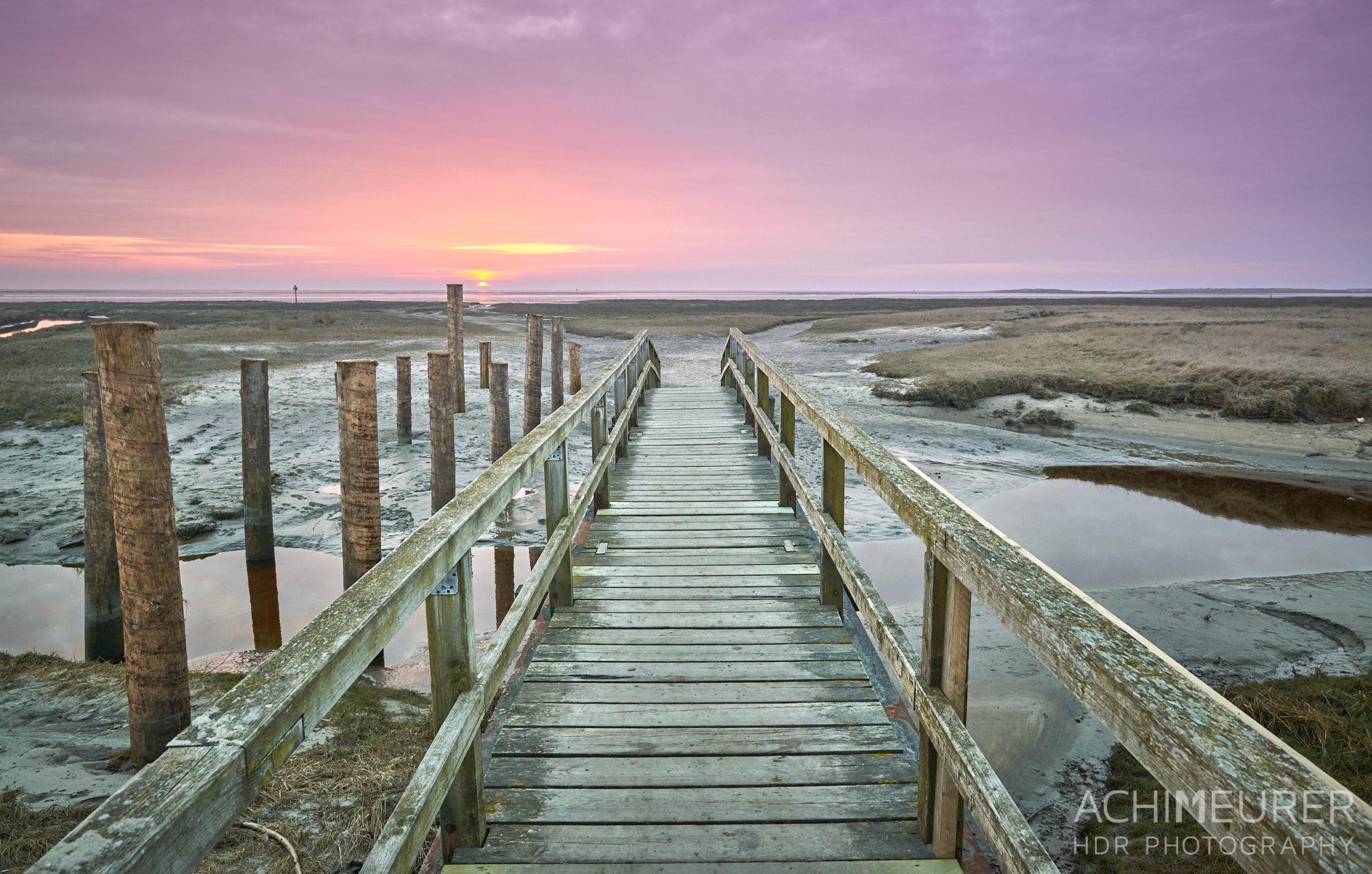 Sonnenuntergang an der Nordseeküste in Sankt Peter-Ording by AchimMeurer.com.