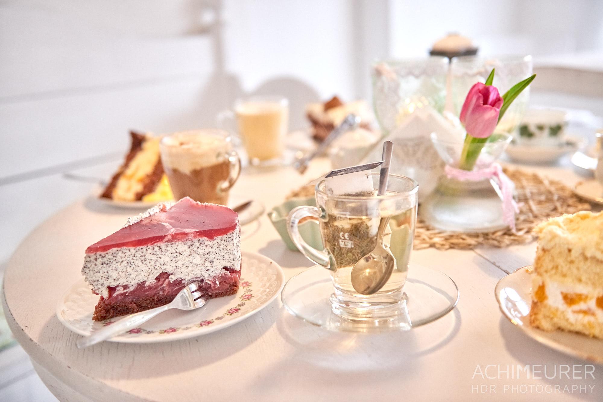 Kaffee & Kuchen im Gartencafé Süderdeich, Sankt Peter-Ording by AchimMeurer.com.