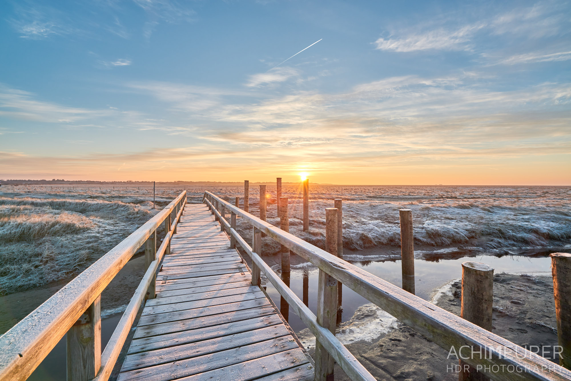 Sonnenaufgang im Vorland an der Nordseeküste in Sankt Peter-Ording by AchimMeurer.com.